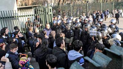 iran-protest-400-1