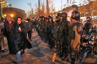 Iran-Repression-400