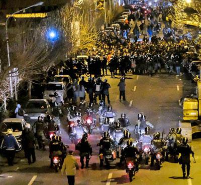 0120-Teheran-Proteste-400-2